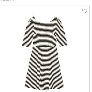 41 Hawthorne Cathy Fit and Flair Stripe Dress(M)